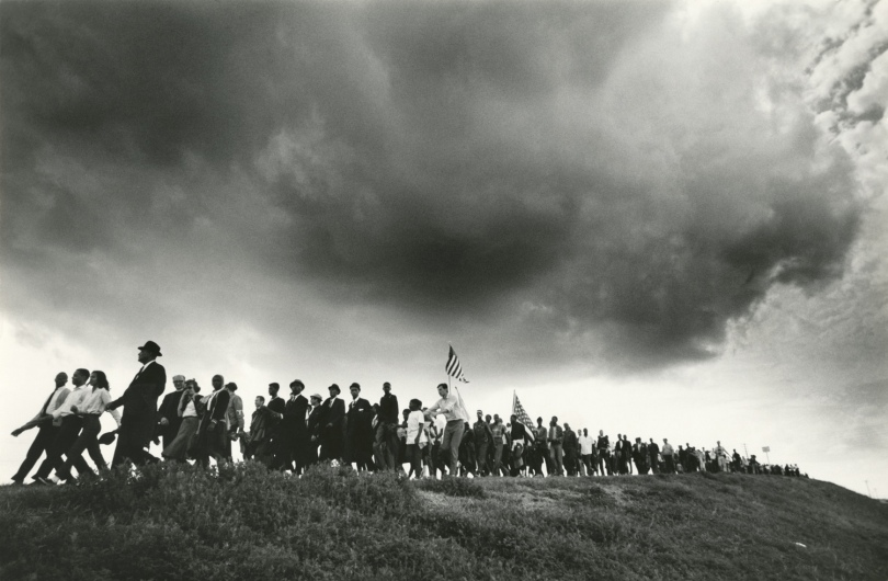 James Karales (1930–2002), Selma-to-Montgomery March for Voting Rights in 1965, 1965. Photographic print. Located in the James KaralesCollection, Rare Book, Manuscript, and Special Collections Library, Duke University. Photograph © Estate of James Karales.