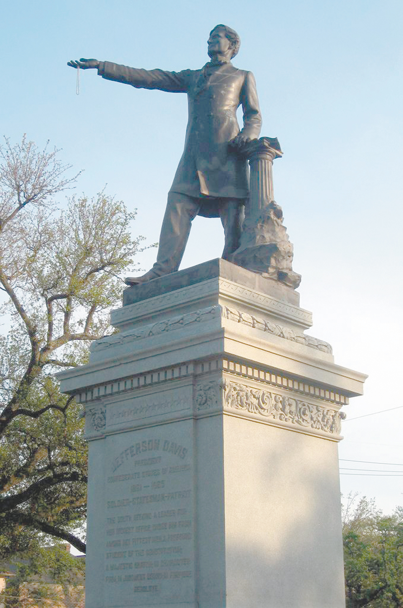 bidding adieu to confederate monuments in new orleans